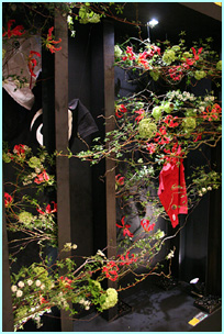 日本フラワーデザイン大賞2006「ウィンドーディスプレイ部門」にて今野亮平が第1位受賞